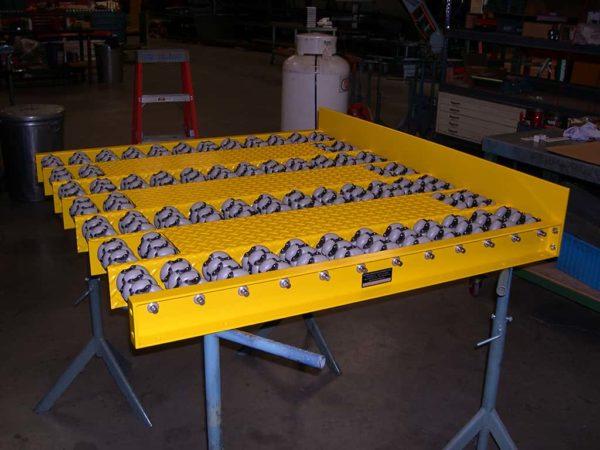 Omni Gravity Transfer Pallet Conveyor